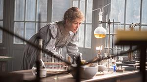 Szenenbild Marie Curie - Elemente des Lebens